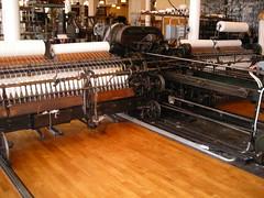 OLD ENGINE #3 (webjoy) Tags: germany sweden engine yarn utata 1975 1942 garn hartmann 2007 chemnitz oldmachine bors textilmuseetbors spinnmaskin selfaktor streichgarnselfaktor selfactingmule hartmannchemnitz eiserab