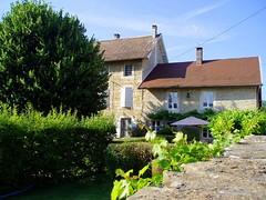 Chez Sylvie, Travers