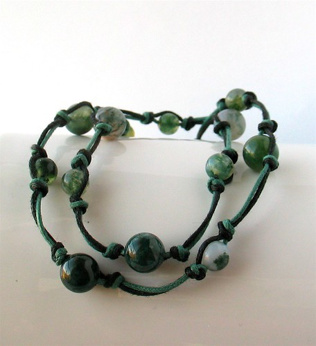 Knotted moss agate necklace