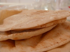 bread (Aljazi.q8) Tags: bread kuwait q8 aljazi