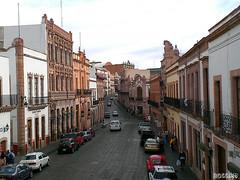 Centro Historico / Downtown (P@NDPHOTO's) Tags: street cars buildings geotagged downtown unesco worldheritagesite zacatecas centrohistorico patrimoniodelahumanidad travelerphotos 24hoursofflickr 24hrsofflickr