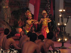 scene_from_Ramayana_in_Bali