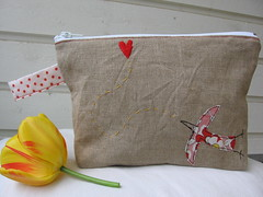 Follow your heart - toilet bag 2