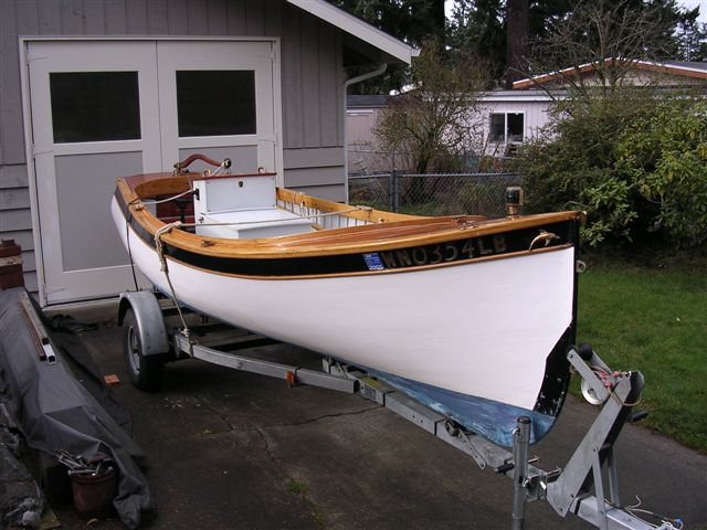 Wood fishing boat -for lakes