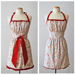 Folklore reversible apron