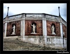 Statue e Lampioni (Davide Cherubini) Tags: italy rome roma lamp stair italia escalera scala escada lantern farol quirinale lanterna lampione scalinata blueribbonwinner cherubini farolito dcherubini anticando multimegashot davidecherubini themonalisasmile