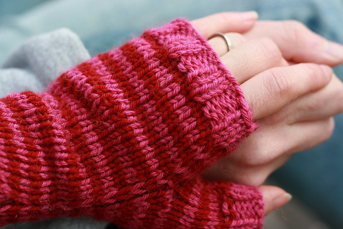 engagement mitts