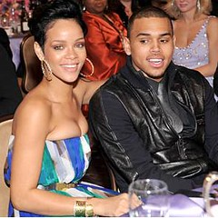 rihanna & chris brown na Grammys por CURIOSOº