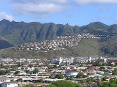Hawaiian Town (fraleyla) Tags: hawaii hanaumabay hanauma