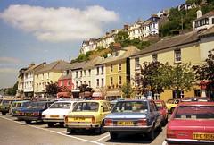 GB Looe Cornwall 1984 (orangevolvobusdriver4u) Tags: greatbritain england cornwall parking 1984 parkplatz skoda looe grossbritannien carparking fiat132 archiv1984