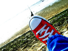 (angiebaby1622) Tags: red beach trainers converse seafront southend
