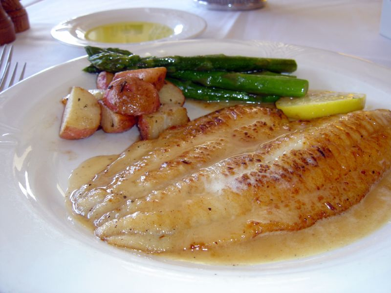 Petrale Sole in sauteed in white wine