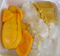 Khao Neow Ma-Muang - Sticky Rice with Mango