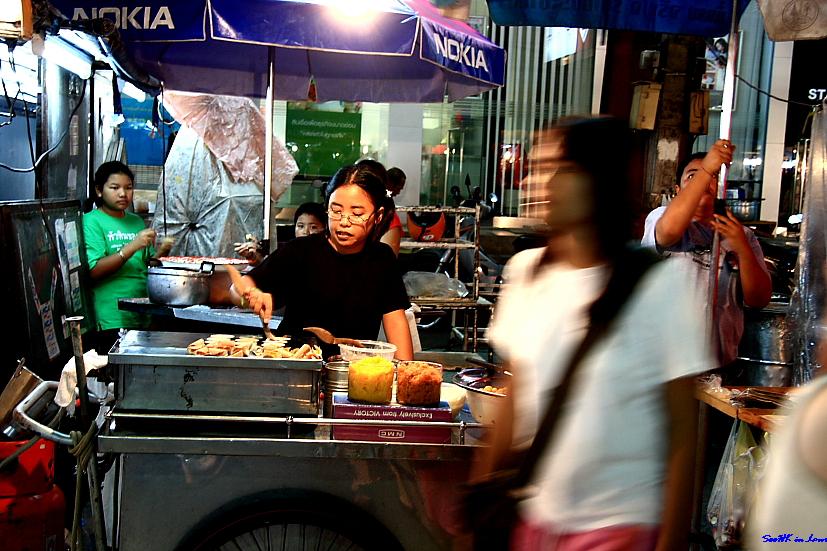 Khanom Tokyo seller @ HuaHin Night Market