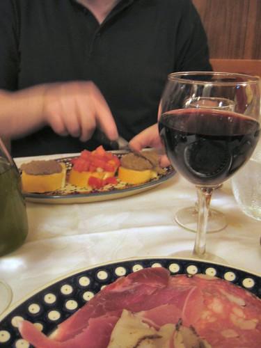 tuscany chianti wine