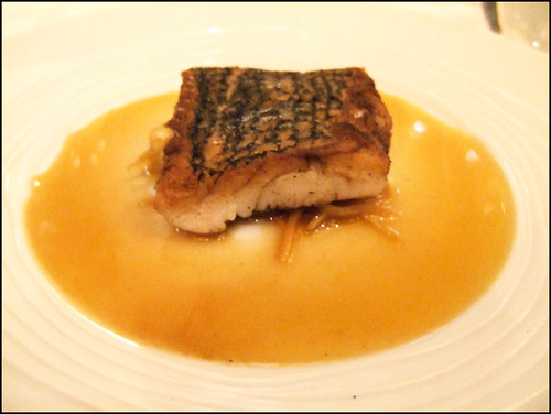 Le Bernardin (New York) - Pan-Roasted Red Snapper w/ Ginger-Lemon-Scallion Broth