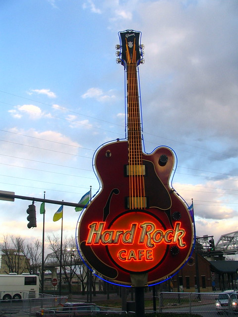 Hard Rock Cafe guitar neon sign - Nashville