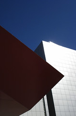 DSC09300 (shoegazer) Tags: sanfrancisco blue red white abstract lines digital yerbabuena minimalist 0507