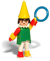 Playmobil Clown, 1974 (galessa's plastics) Tags: brazil history industry brasil vintage toy design designer clown collection product materials histria playmobil industrialdesign esdi plastics consumerculture polymer productdesign plsticos materialculture designdeproduto polmeros desenhoindustrial designhistory galessa gersonlessa histriadodesenhoindustrial histriadosplsticos plasticsindustry classicplastics