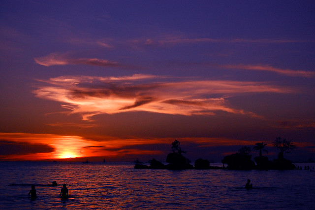 THE SINKING OF THE SUN (Boracay Island, Philippines)