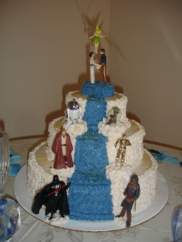 Star Wars wedding cake designs.