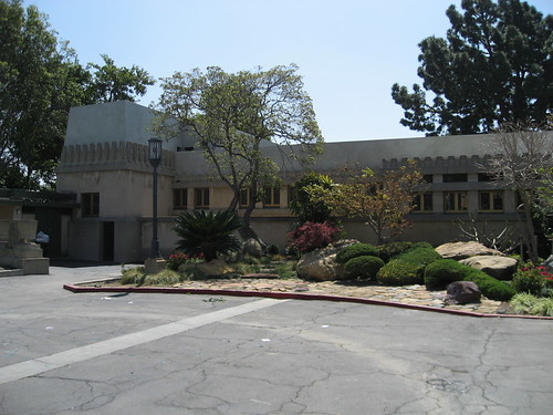 Hollyhock House, northside