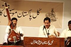 (Waheed Khalid) Tags: pakistan musicians photography folk traditional artists classical pakistani folkmusic khalid lahore waheed studioq waheedkhalid