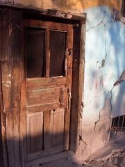 Kapalı Kapılar