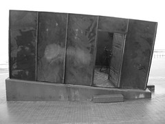 container0 (bjornroose) Tags: dijk oostende kunstwerk