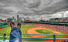 kickin' back (richietown) Tags: topf25 topv111 topv2222 interestingness topf50 topv555 topv333 baseball massachusetts topv1111 stock topv999 redsox explore handheld getty topv777 fenway fenwaypark hdr greenmonster infield ballpark bostonredsox bostonist outfield sigma1020mm americanleague photomatix universalhub outstandi