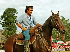 El Apadrinador (Eduardo Amorim) Tags: horses horse southamerica caballo uruguay cheval caballos cavalos prado montevideo pferde cavalli cavallo cavalo gauchos pferd hest hevonen chevaux gaucho  amricadosul montevidu hst uruguai gacho  amriquedusud  gachos  sudamrica suramrica amricadelsur  sdamerika   americadelsud abigfave  americameridionale semanacriolla semanacriolladelprado eduardoamorim