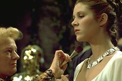 Leia makeup