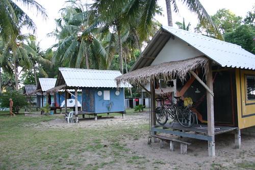 Lola bungalows, Ban Saphan Beach