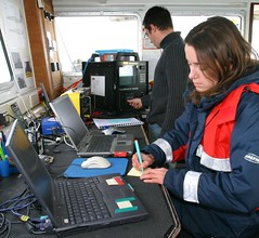 Divers 6 (Wessex Archaeology) Tags: sea archaeology boat video divers marine laptop computers diving ps equipment maritime archaeological recording 53111
