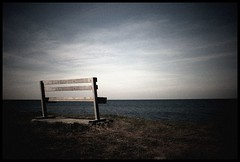 (andrewlee1967) Tags: searchthebest wales bench andrewlee1967 uk pwllheli andylee1967 canon400d landscape seaside focusman5 england andrewlee