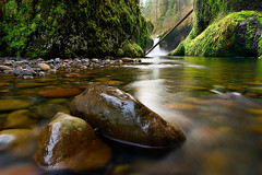 Punchbowl 2007 (KPieper) Tags: nature landscape columbia pacificnorthwest gorge pnw eaglecreek punchbowlfalls supershot anawesomeshot wowiekazowie oregon pprowinner kevinpieper kpieper kpieperphotography pieperphotographynet