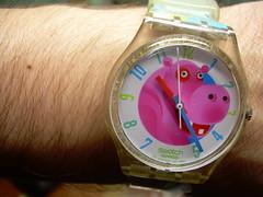 Casi y veinticinco (srgpicker) Tags: pink hair swatch hand skin watch rosa plastic numbers mano reloj wristwatch plastico numeros pelo esfera hipopotamo piel project365 saetas orologgio