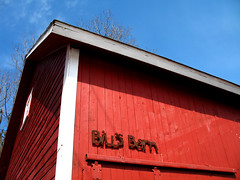 bill's barn (jbartlet) Tags: red burlington barn vermont vt 05401 billsbarn