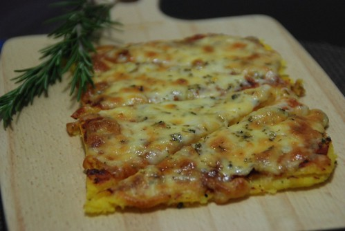 Margarita (polenta) pizza