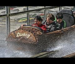 Splash! (u n c o m m o n) Tags: gteborg gothenburg liseberg hdr lucisart uncommon photomatix tonemapped marcusclaesson dontusethisimageonwebsitesblogsorothermediawithoutmypermission