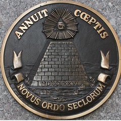Annuit Coeptis/Novus Ordo Seclorum (Vidiot) Tags: nyc eye nycpb circle unitedstates pyramid guess guesswherenyc united where seal nycguessed squaredcircle states guesswhere squared novus ordo seclorum novusordoseclorum annuitcoeptis annuit coeptis tombrooklynguessed