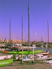 Limpieza del Desafo Espaol (DeFerrol) Tags: valencia barco ship americascup louisvuitton copaamerica desafioespaol blackribbonbeauty