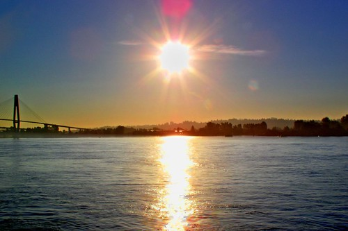 From New Westminster Quay.  Image Courtesy of Intelligent Calcium.  Click image to view Flickr Stream