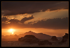 Sunset over Wadi Rum in Jordan (Unique_Snowflake) Tags: sunset digital canon eos interestingness desert wadirum middleeast jordan rum dslr wadi interestingness2 1dsmkii flickrsbest ef24105f4l colorphotoaward impressedbeauty superbmasterpiece goldenphotographer diamondclassphotographer flickrdiamond onlythebestare