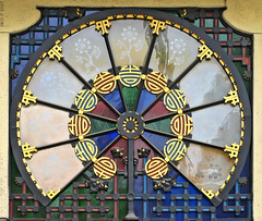 For Klaus (Paco CT) Tags: barcelona espaa adorno color window canon ventana spain catalonia catalunya lasramblas shape 2007 forma mercatdelaboqueria blueribbonwinner ixus55 outstandingshots diamondclassphotographer pacoct