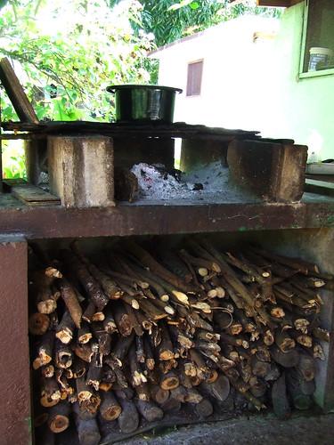 Saipan, A'be's house - firewood stove