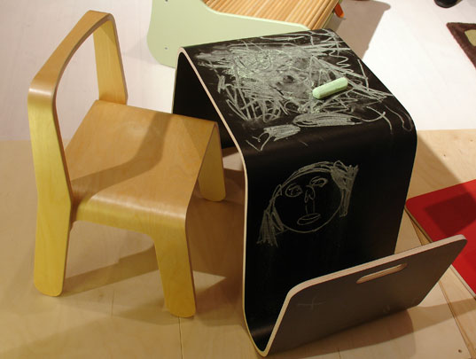 Chalkboard Bent Ply Kids Desk