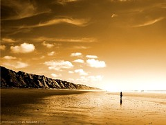 when blue turns gold (J. Carlos Roldn) Tags: espaa beach landscape gold golden spain bravo huelva playa paisaje olympus andalucia u dorado oro virado mazagon e500 naturesfinest flickrsbest jcroldan abigfave ysplix