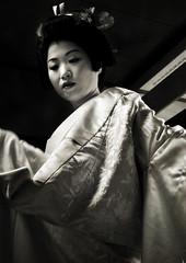 getting ready (Nachosan) Tags: travel bw love japan kagoshima 25 wife  nippon nihon masako twentyfive nachosan