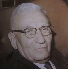 Grandfather Aaron, father of Abe at 90 (hurleygurley) Tags: aaron grandpa oldphotos hurleygurley oldfamilyphotos elisabethfeldman